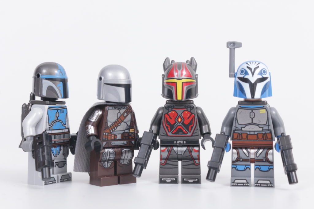 LEGO Star Wars The Mandalorian helmet print issue 2