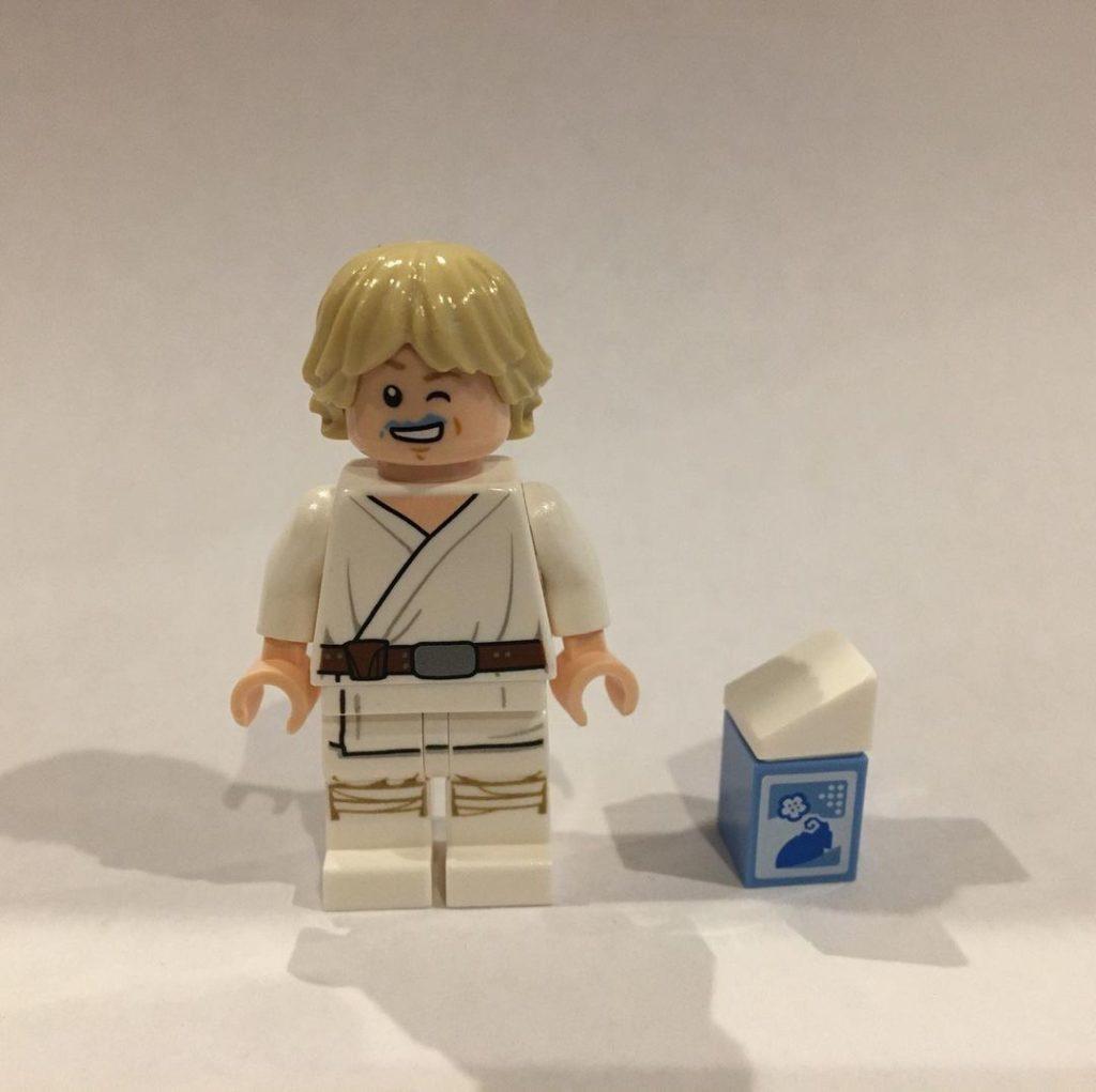 LEGO Star Wars The Skywalker Saga Blue Milk Luke 2