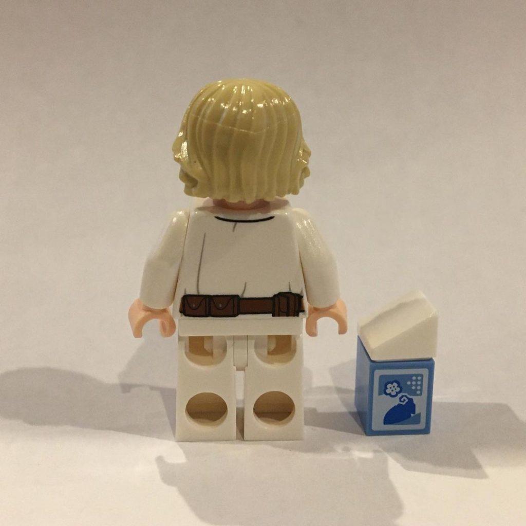 LEGO Star Wars The Skywalker Saga Blue Milk Luke 4 1024x1024