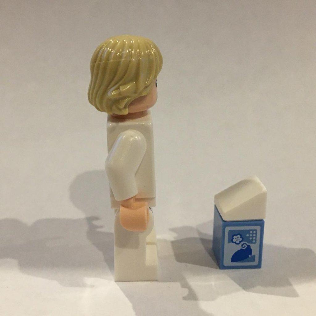 LEGO Star Wars The Skywalker Saga Blue Milk Luke 5 1024x1024