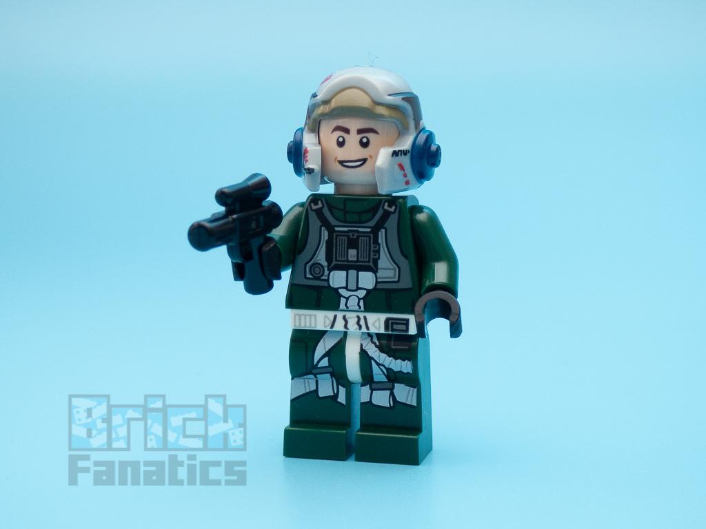 LEGO Star Wars UCS 75275 A Wing Starfighter 46