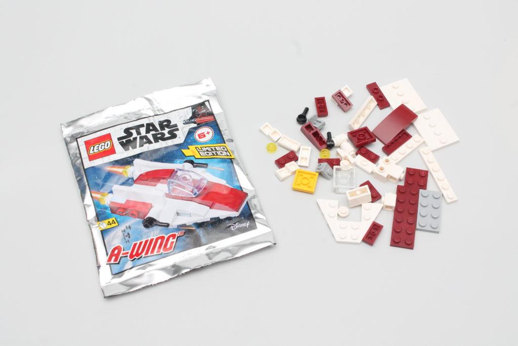 LEGO Star Wars Magazine Issue 66 13