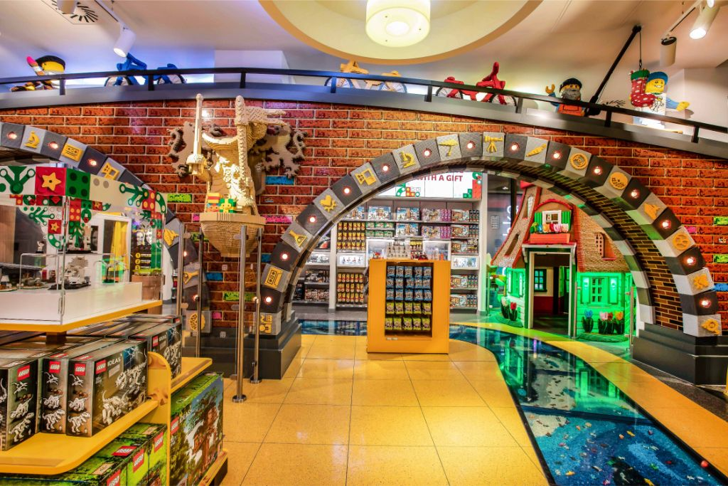 LEGO Store Amsterdam 4
