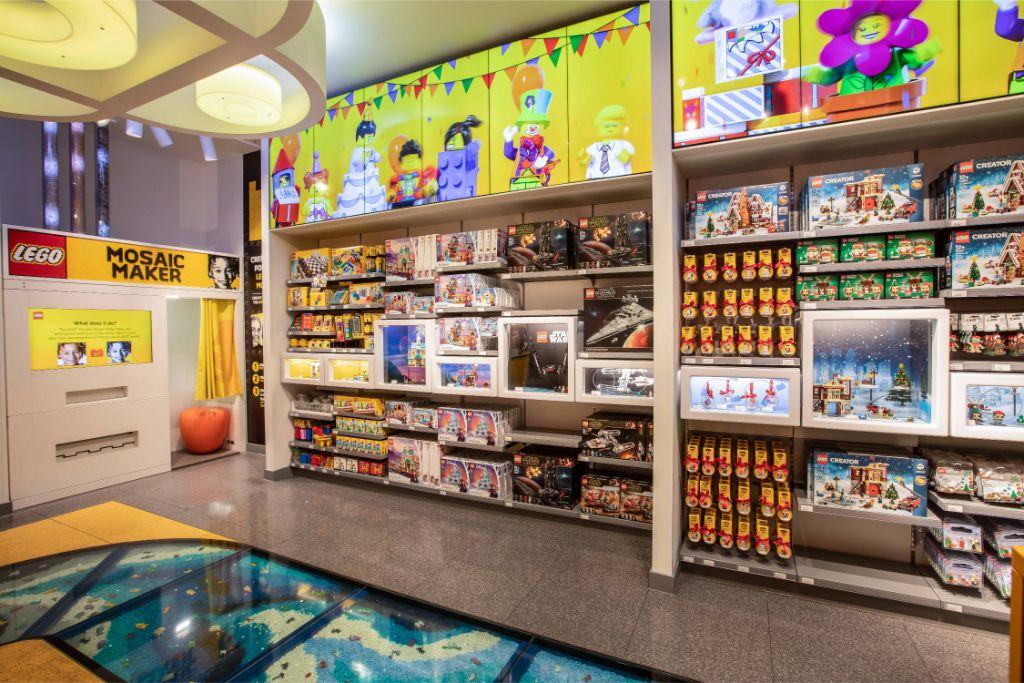 LEGO Store Amsterdam 5