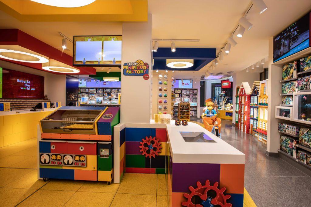 LEGO Store Amsterdam 7