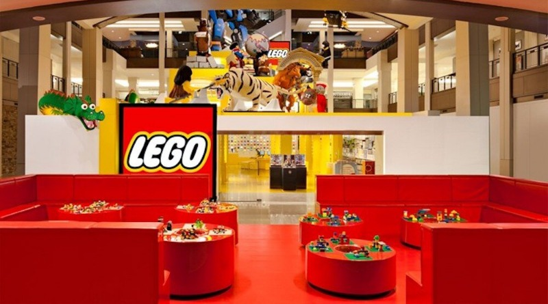 LEGO Store Mall Of America Featured