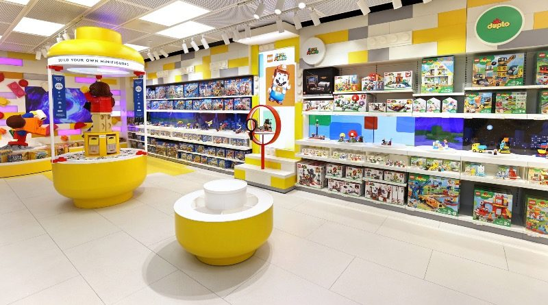 LEGO Store New York City Fifth Ave featured 3