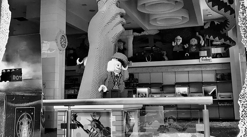 LEGO Store New York Looted Featured
