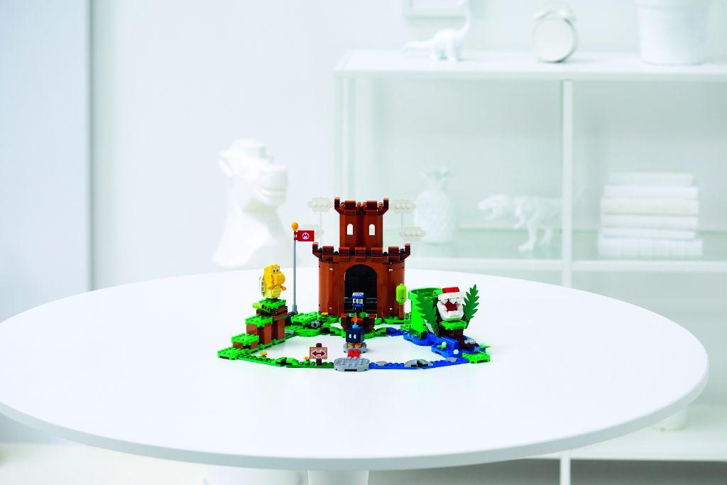 LEGO Super Mario 71362 Guarded Fortress 2
