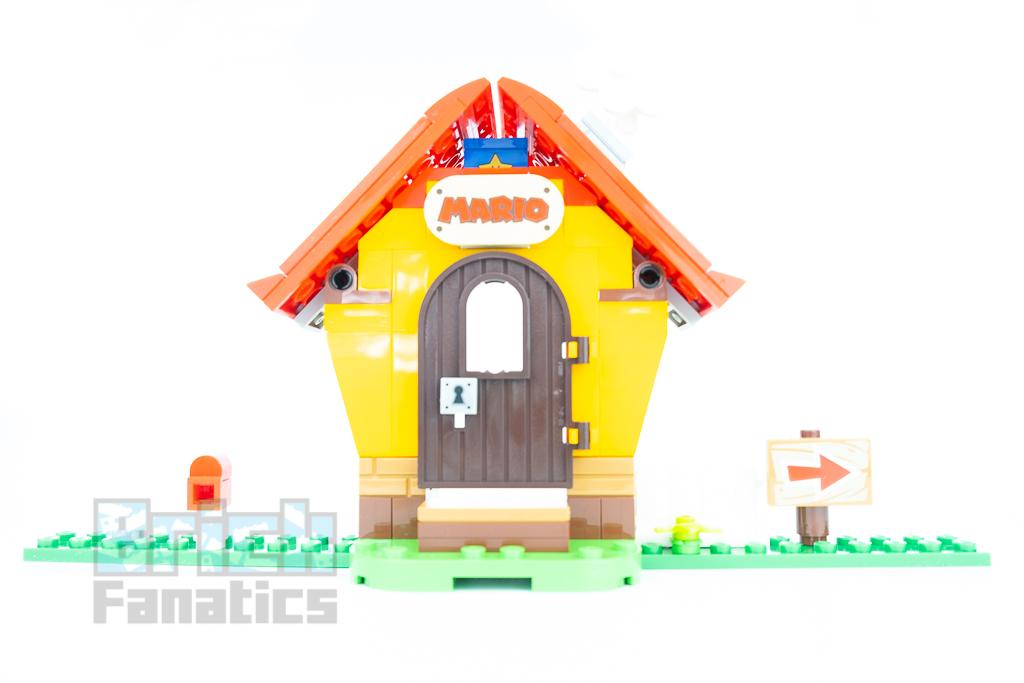 LEGO Super Mario 71367 Marios House Yoshi 10