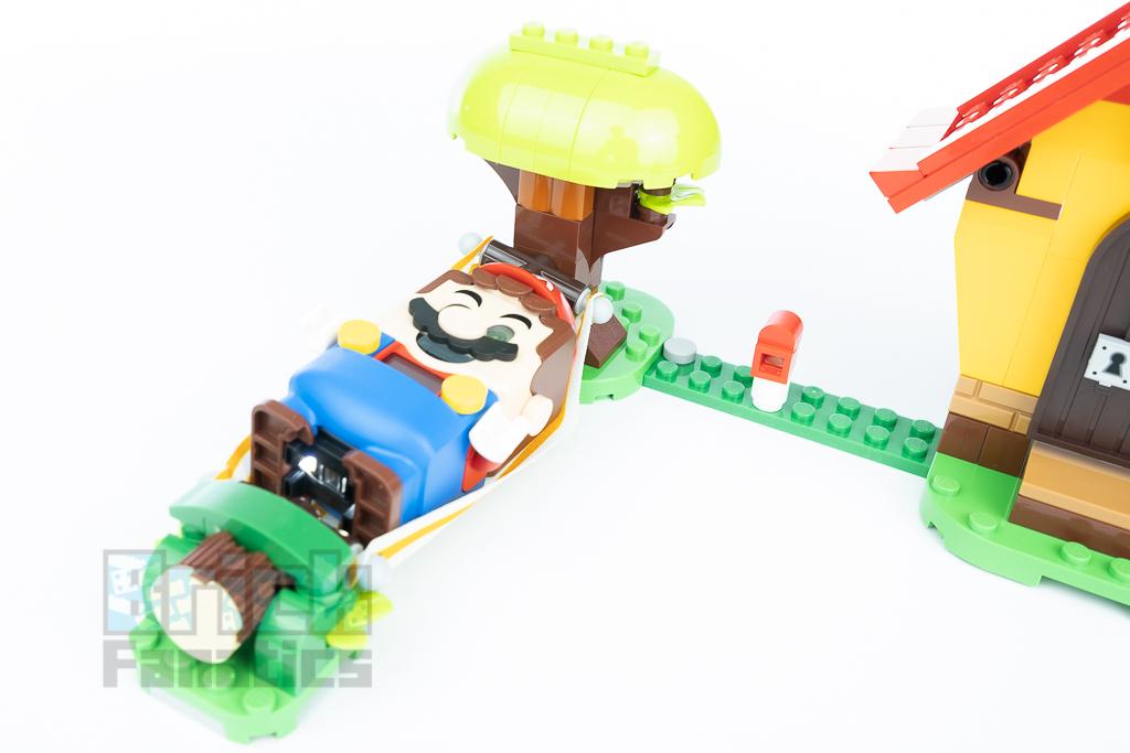 LEGO Super Mario 71367 Marios House Yoshi 2