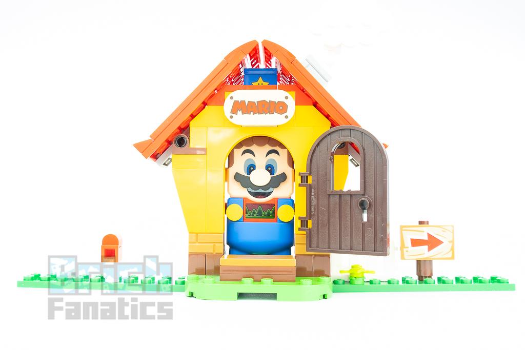 LEGO Super Mario 71367 Marios House Yoshi 9