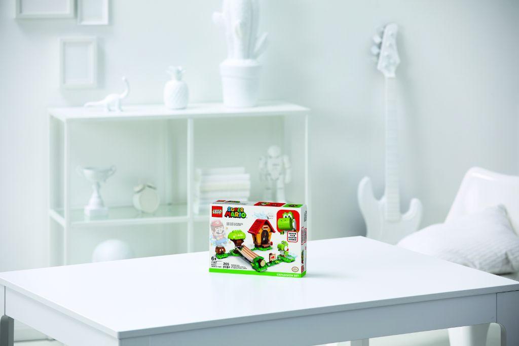 LEGO Super Mario 71367 Marios House Yoshi Expansion Set 3