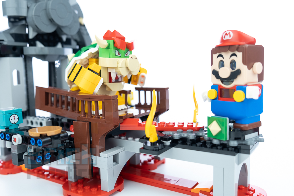 LEGO Super Mario 71369 Bowsers Castle Boss Battle 32