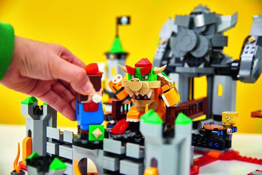 LEGO Super Mario 71369 Bowsers Castle Boss Battle Expansion Set 1