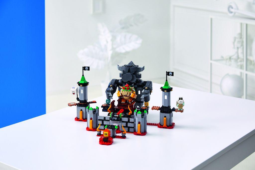 LEGO Super Mario 71369 Bowsers Castle Boss Battle Expansion Set 2