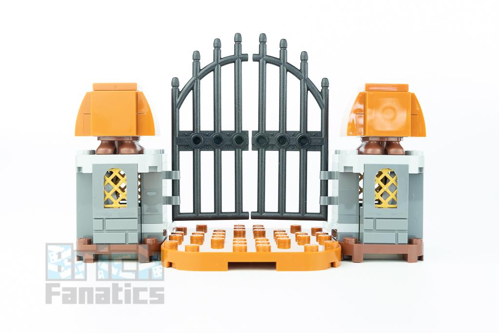 LEGO Super Mario 71377 King Boo And The Haunted Yard 33