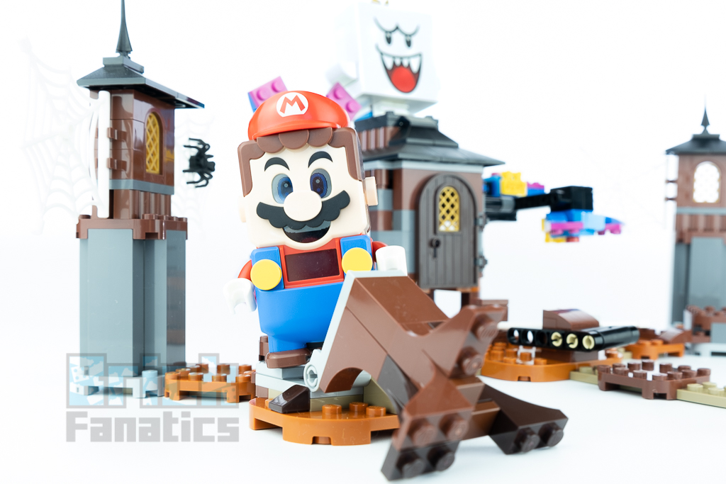 LEGO Super Mario 71377 King Boo And The Haunted Yard 9