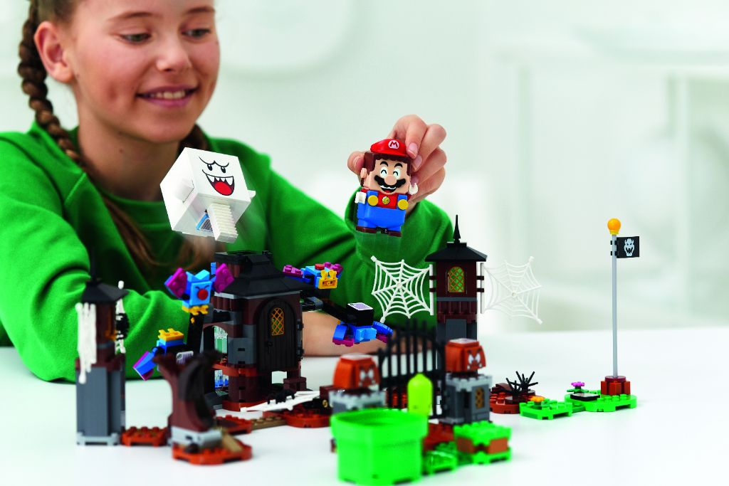 LEGO Super Mario 71377 King Boo And The Haunted Yard Expansion Set 2