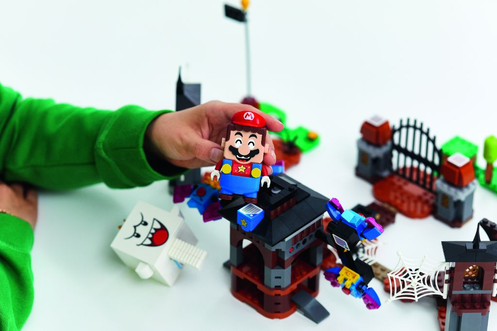 LEGO Super Mario 71377 King Boo And The Haunted Yard Expansion Set 3