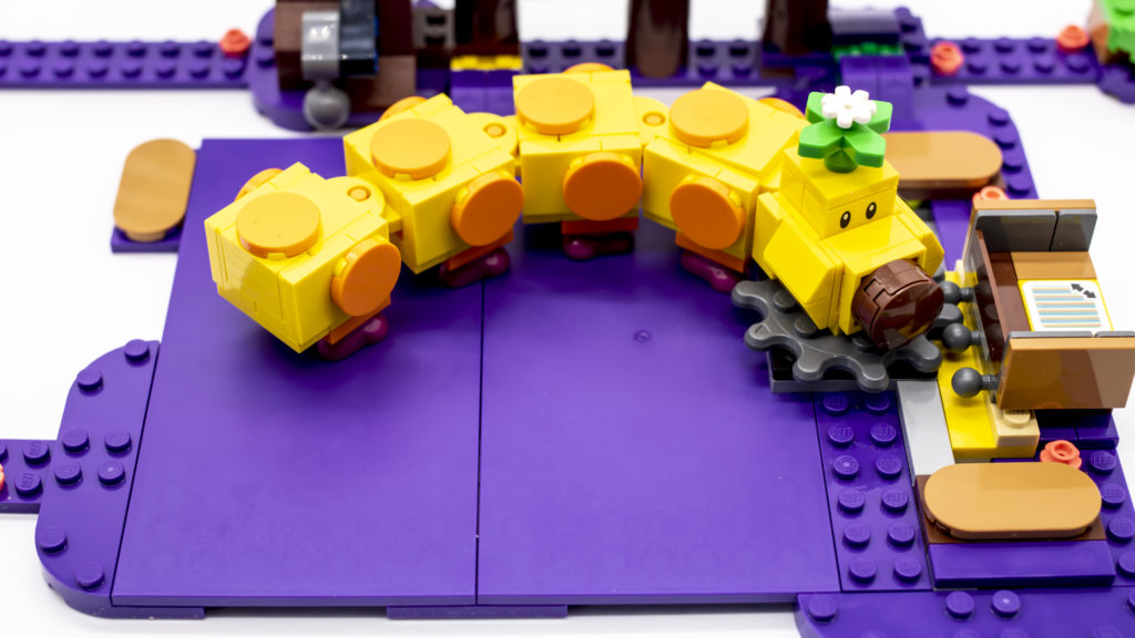 LEGO Super Mario 71383 Wigglers Poison Swamp 12