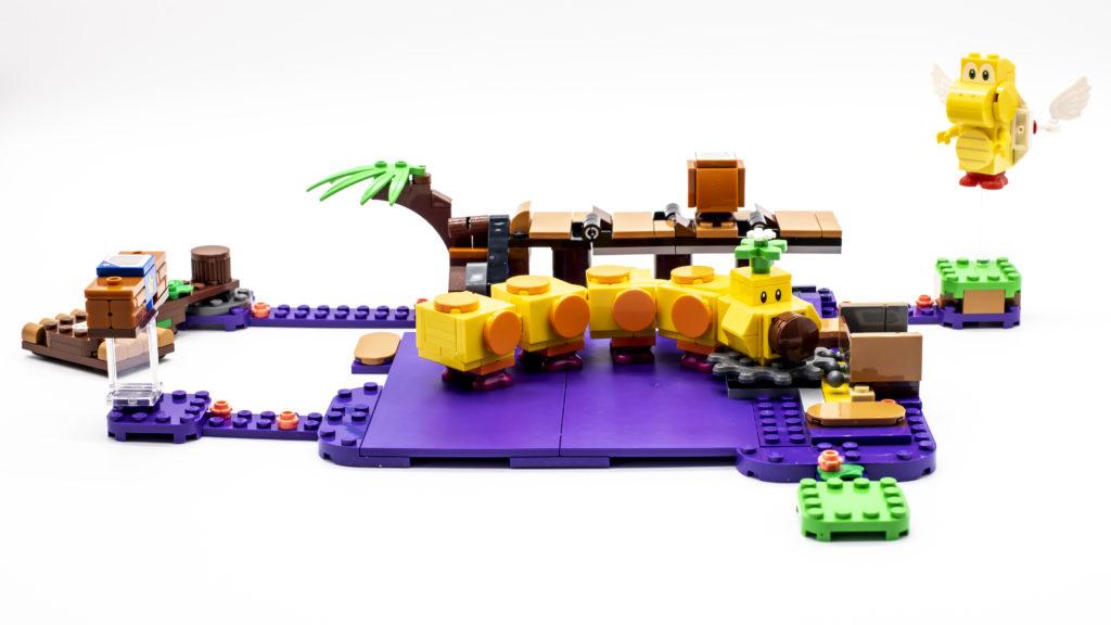 LEGO Super Mario 71383 Wigglers Poison Swamp 14