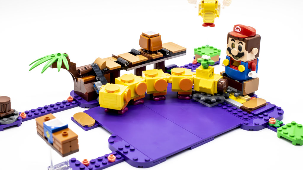 LEGO Super Mario 71383 Wigglers Poison Swamp 21