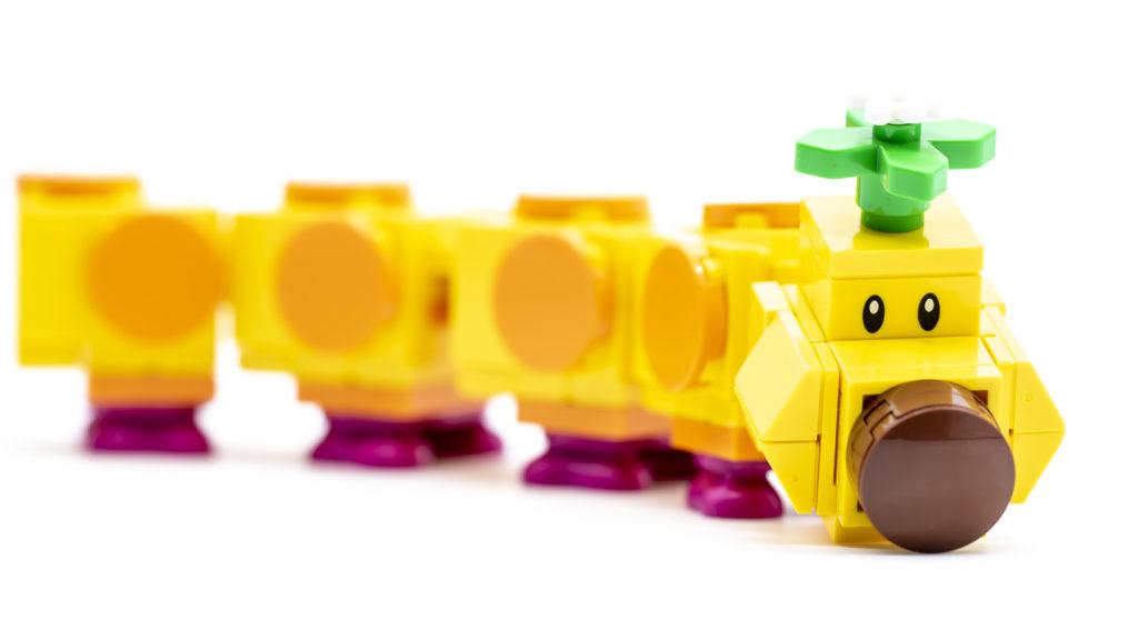 LEGO Super Mario 71383 Wigglers Poison Swamp 27