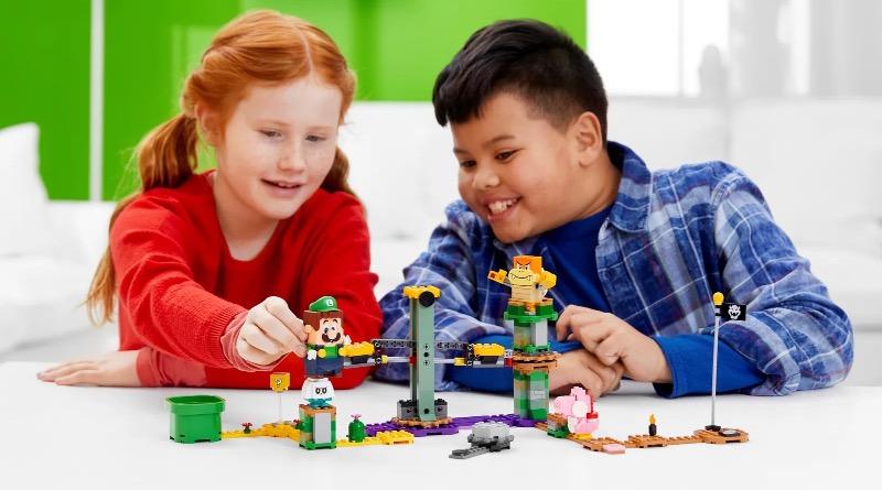 LEGO Super Mario 71387 Adventures With Luigi Starter Course Featured 3