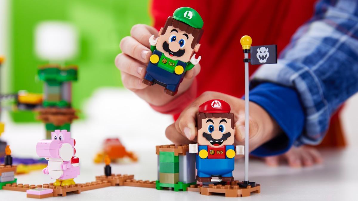 LEGO Super Mario Luigi Featured Resized