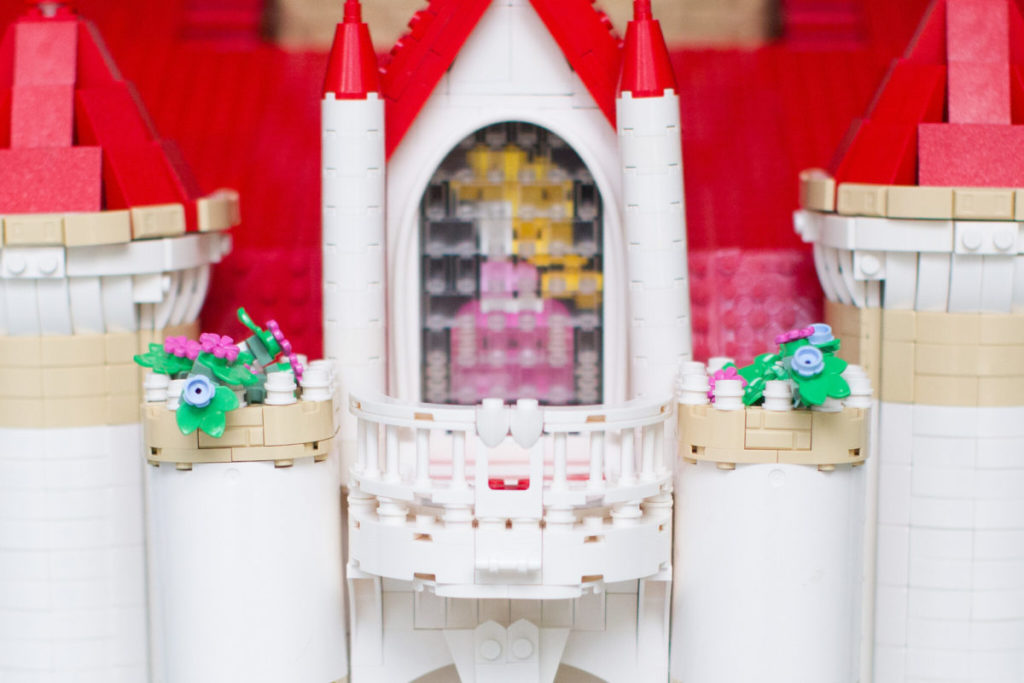 LEGO Super Mario Peachs Castle Eurobricks build 4