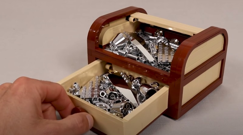 LEGO Tambour Box Featured