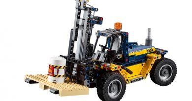LEGO-Technic-42079-Forklift-