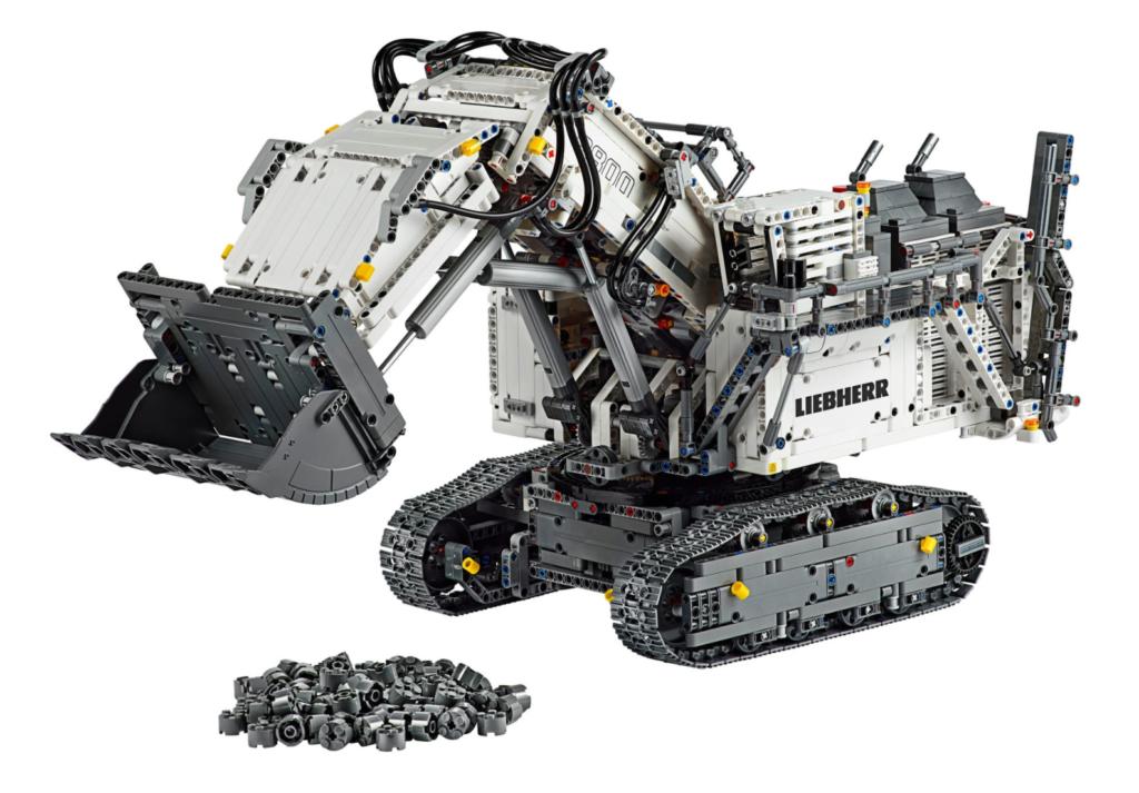 LEGO Technic 42100 Liebherr R 9800 Excavator contents