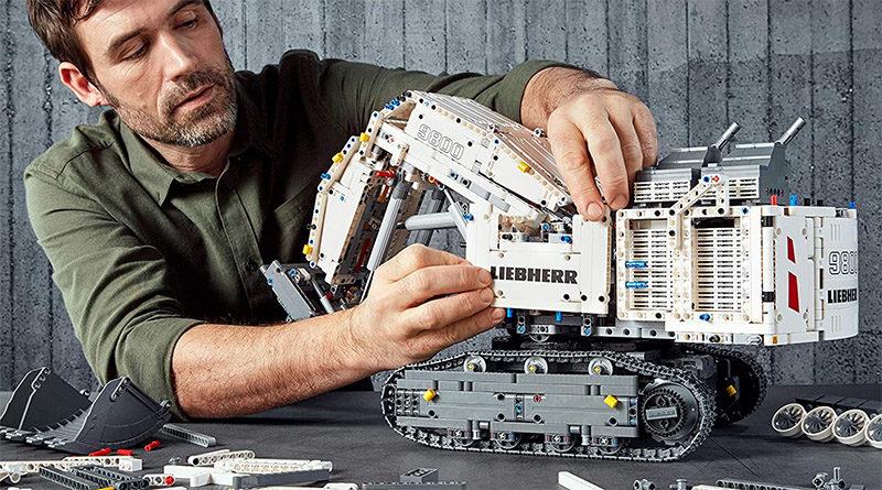 LEGO Technic 42100 Liebherr R 9800 Excavator Featured 800x445