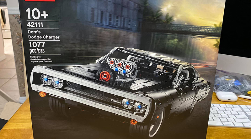 LEGO Technic 42111 Doms Dodge Charger featured