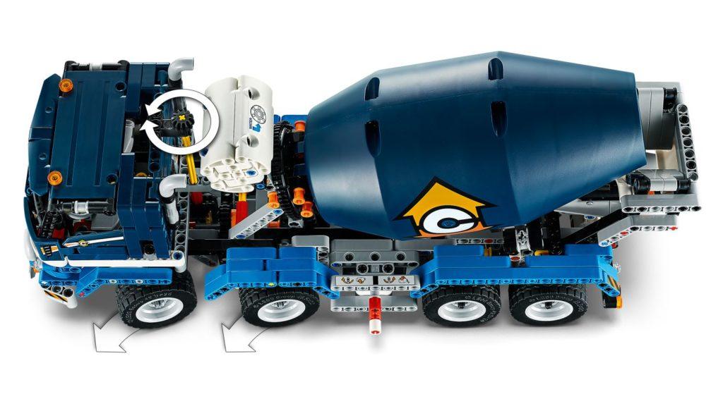 LEGO Technic 42112 Concrete Mixer Truck 4