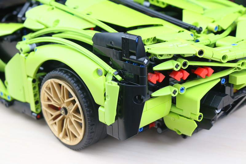 LEGO Technic 42115 Lamborghini Sian FKP 37 Review 104