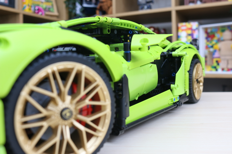 LEGO Technic 42115 Lamborghini Sian FKP 37 Review 107