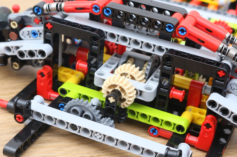 LEGO Technic 42115 Lamborghini Sian FKP 37 Review 23