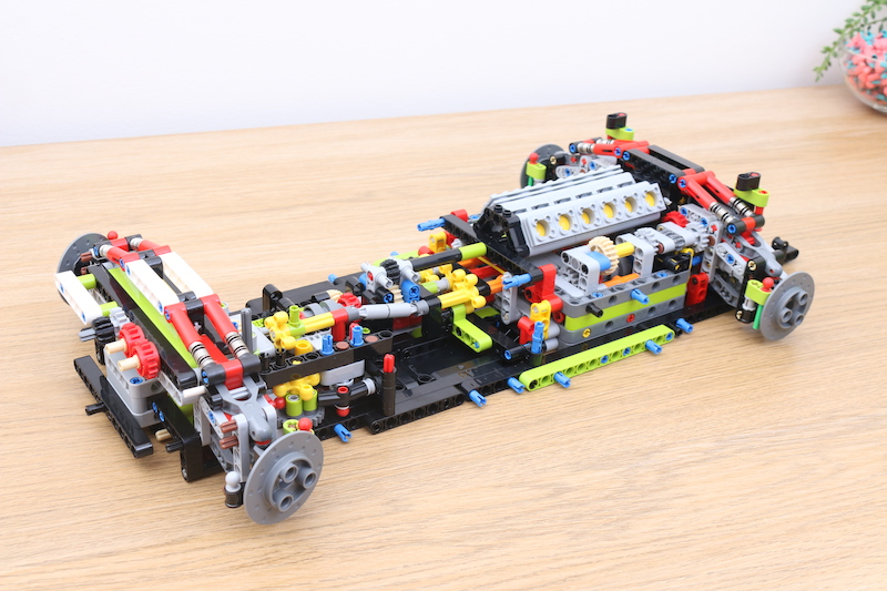 LEGO Technic 42115 Lamborghini Sian FKP 37 Review 34