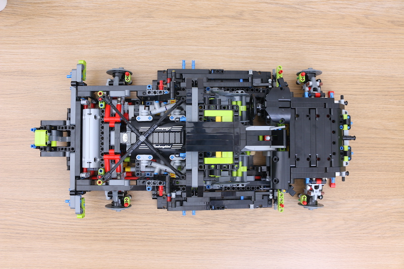 LEGO Technic 42115 Lamborghini Sian FKP 37 Review 50