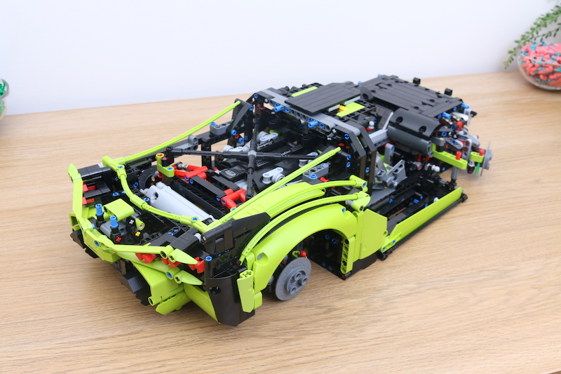 LEGO Technic 42115 Lamborghini Sian FKP 37 Review 52