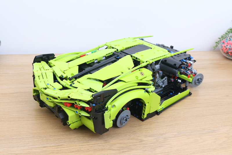 LEGO Technic 42115 Lamborghini Sian FKP 37 Review 58