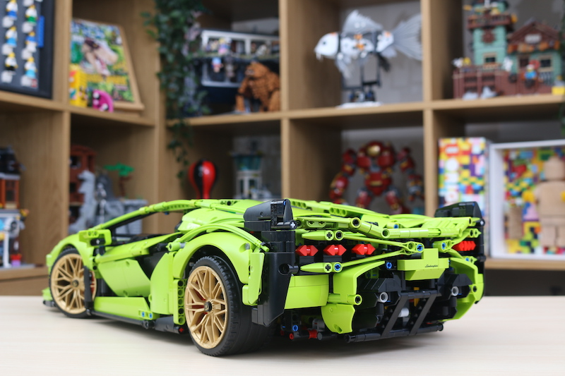 LEGO Technic 42115 Lamborghini Sian FKP 37 Review 80