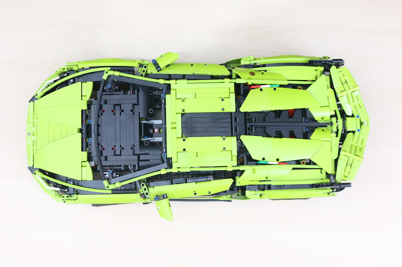 LEGO Technic 42115 Lamborghini Sian FKP 37 Review 82