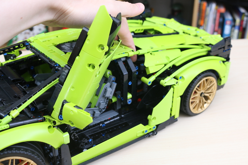 LEGO Technic 42115 Lamborghini Sian FKP 37 Review 86