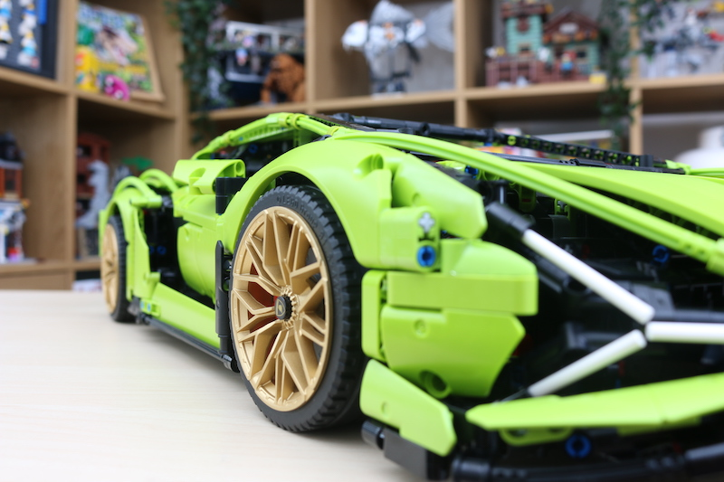 LEGO Technic 42115 Lamborghini Sian FKP 37 Review 95