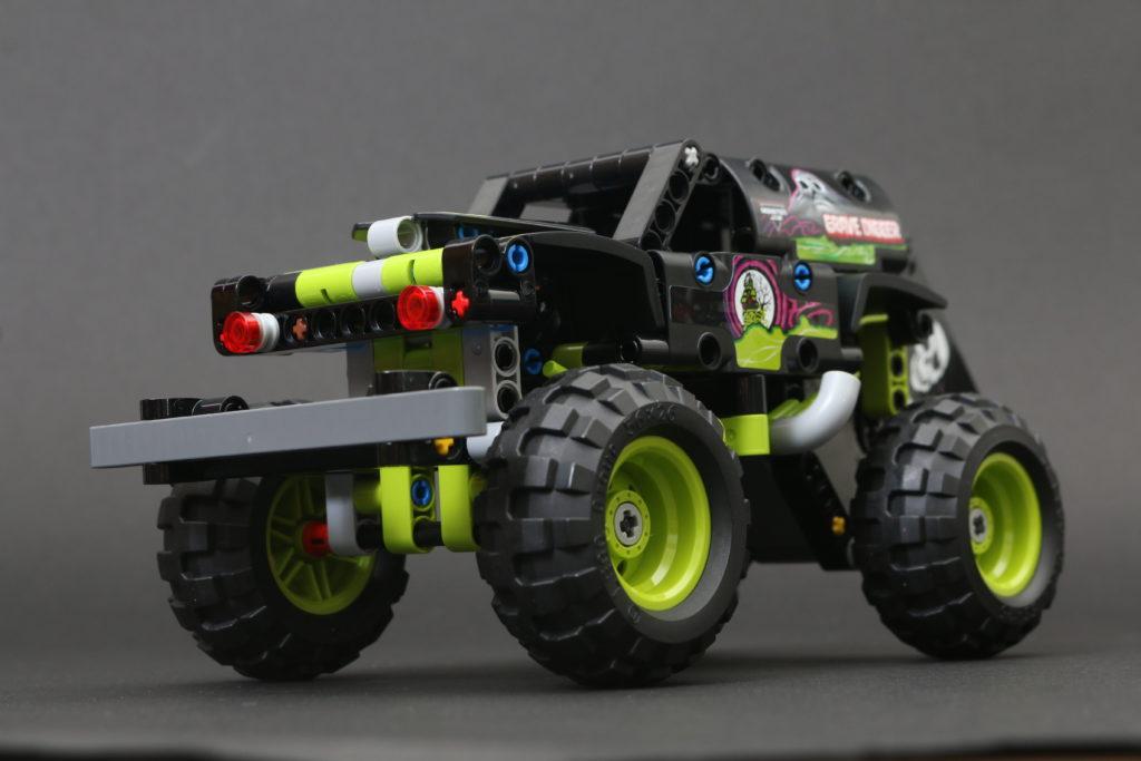 LEGO Technic 42118 Monster Jam Grave Digger review