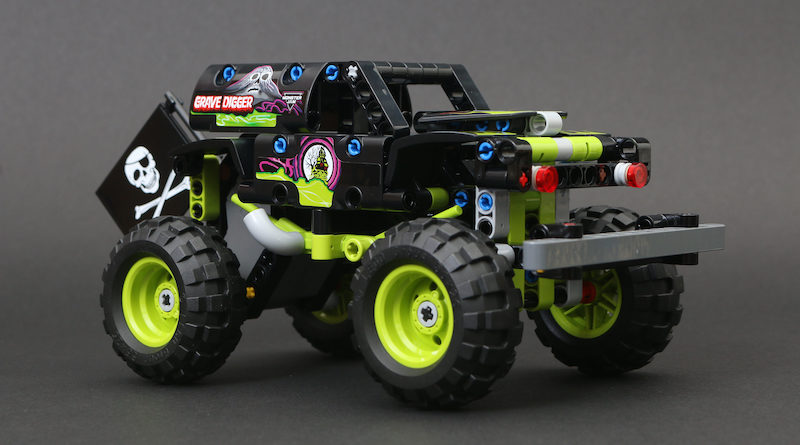 LEGO Technic 42118 Monster Jam Grave Digger review title